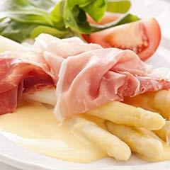 evinum Essen + Trinken, Rezept für Spargel mit Sauce Hollandaise und die passenden Weine zum Rezept